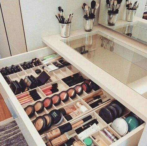 70 Ideas Diy Beauty Salon Ideas Navy Blue Bedroom Decor Makeup Storage Closet Blue Bedroom Decor