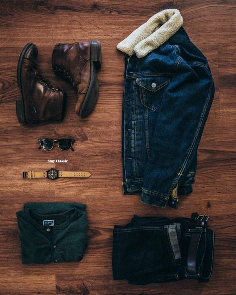 Stay Classic — Denim on Denim on Stay Classic. Stylish Mens Outfits, Casual Outfits, Men Casual, Casual Styles, Stylish Clothes, Smart Casual, Rugged Style, Fashion Mode, Mens Fashion