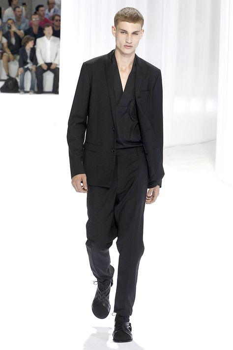 Dior Homme Spring 2011 Menswear - Collection - Gallery - Style.com