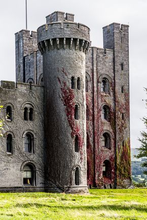 7 Amazing Castles in Wales - You Have to Visit These - - From north to south, this part of Britain is littered with fortresses. Some old, some new, and some over-the-top, these 7 castles in Wales are amazing. Welsh Castles, Castles In Wales, Castles In England, English Castles, Scottish Castles, Wales Castle, Scotland Castles, Ireland Castles, Highlands Scotland