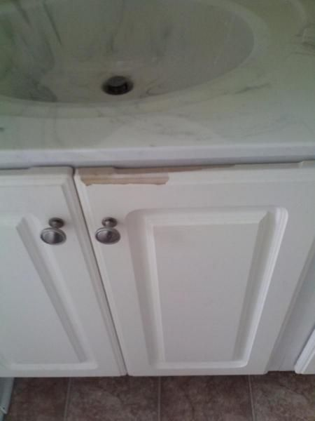 Ling White Cabinets Laminate, Repair Laminate Kitchen Cabinets