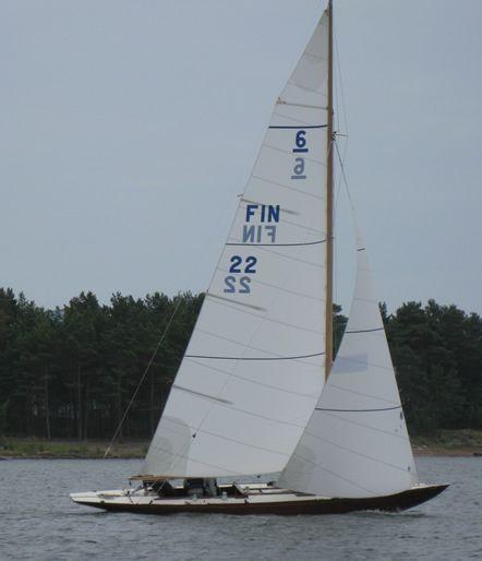 6 Metres FIN 22