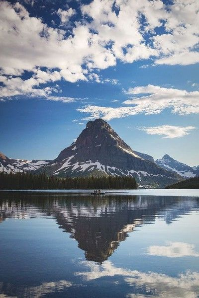 Cancer: Montana's Glacier National Park - Where You Should Travel in 2018, According to Your Zodiac Sign - Photos