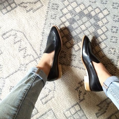 50bcb961b76 Can anyone tell me how these everlane loafers fit ! I think my wide feet  would suffer in them.  )