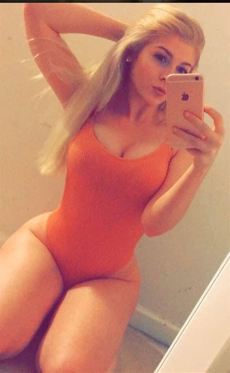 Thick White Girl Blonde
