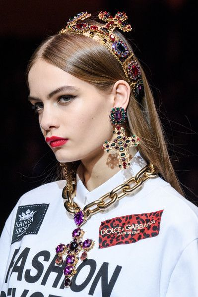 Dolce & Gabbana, Fall 2018 - The Most Breathtaking Runway Details From Milan Fashion Week Fall 2018 - Photos