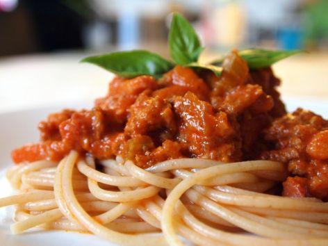 Spaghetti Bolognese Laves Ud Fra Den Oprindelige Opskrift Pa Ragu Ala Bolognese Spaghetti Bolognese Bolognese Og Spaghetti