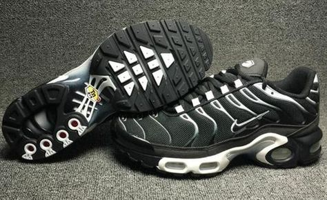 sports shoes e1ce2 44af7 Mens Nike Air Max 95 Black White - Air Max