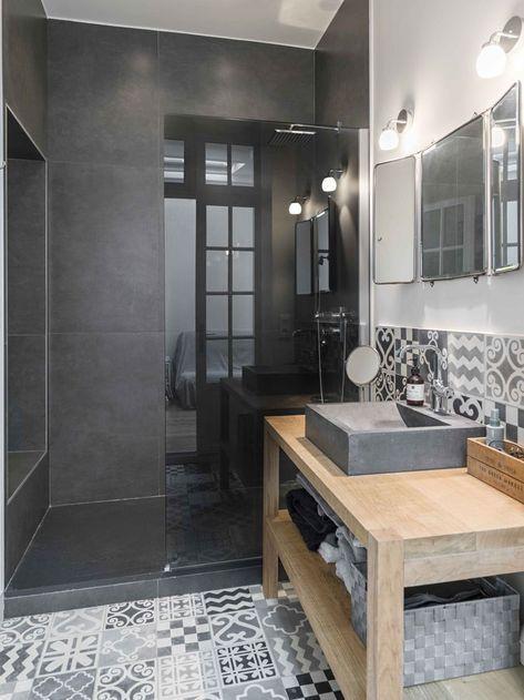 Une salle de bains pour les parents avec une douche à lu0027italienne - Salle De Bain Moderne Grise