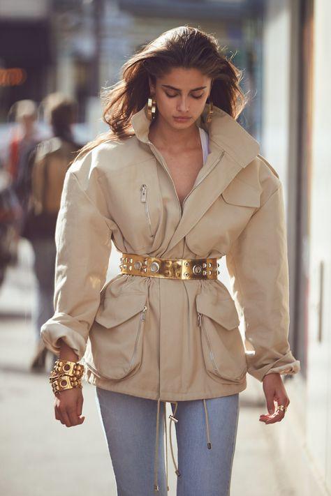 Alexandre Vauthier - Spring 2017 Ready-to-Wear Fashion Show Paris Fashion Week PFW