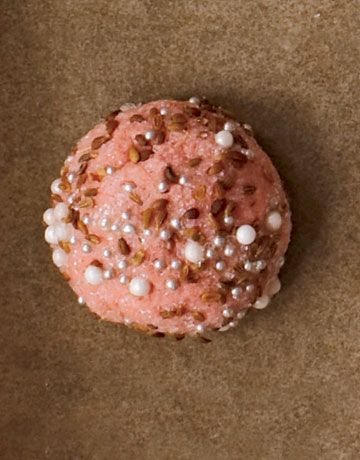 This Pink Sparkle Dome Cookie is almost too pretty to eat! #recipes #christmascookies