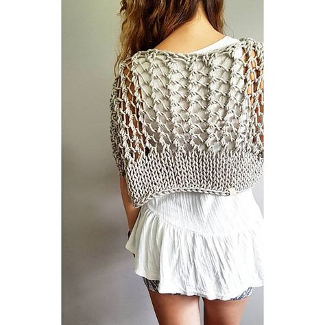Knitting pattern for the Knotty Crop Top Festival crop knit