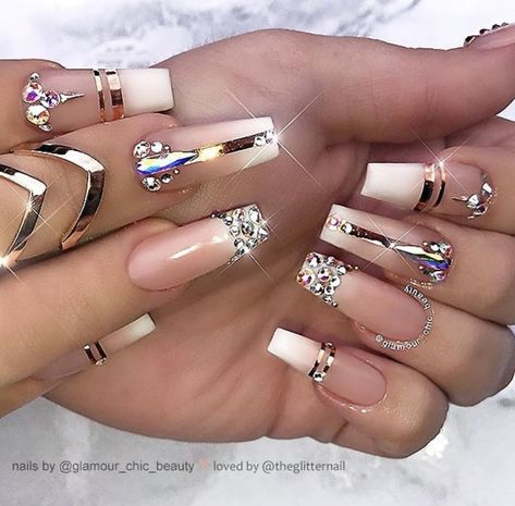 Ways to create beautiful acrylic nails with 60 Nails Arts