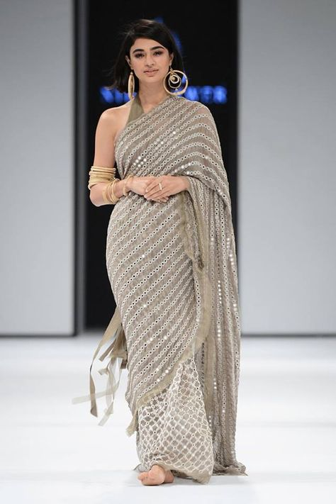 Grey colore designer saree with mirror work and embroidery work Bollywood Style saree party wear Beautiful saree