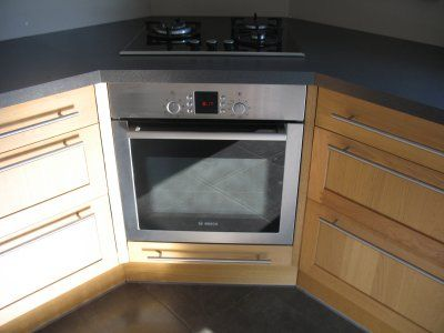Croquis de la cuisson en angle dans une cuisine idées cuisine - pose d une hotte decorative