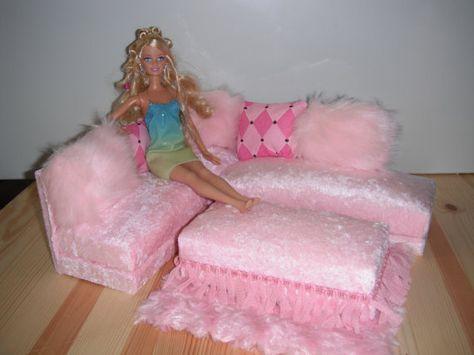 Lovely  besten Barbie couches Bilder auf Pinterest barbie Zeug Barbie Puppe Haus und Dioramen
