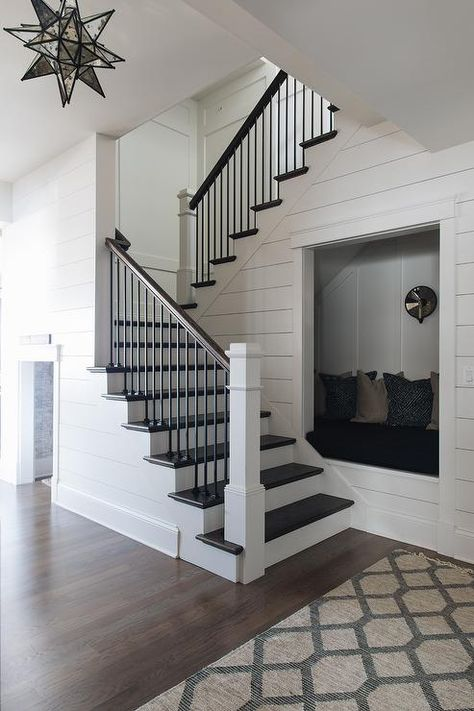 Here are the Staircase Design Ideas For Home. This post about Staircase Design Ideas For Home was posted under the … Home Design, Home Stairs Design, Interior Stairs, Design Ideas, Interior Design, Stair Design, Simple Interior, Design 24, Design Styles