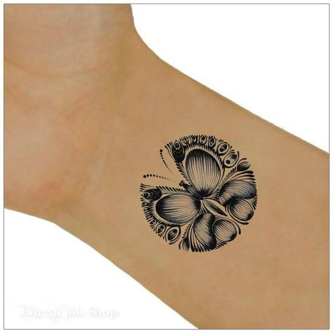 Butterfly temporary tattoos. Black butterfly wrist tattoos. You will receive 2 wrist tattoos and full instructions. Size: 1.2 x 1.3 The tattoos will last 5-7 days. Please read the full application instructions and care before applying the tattoo. You can remove the tattoo by rubbing the