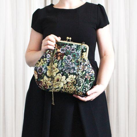 Borsetta in tessuto con chiusura clic clac stile vintage di OkraLab su Etsy - Vintage style bag !