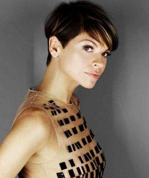Foto tagli capelli semi corti