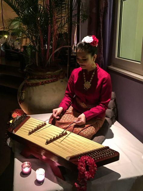 Kim-Musik-Spielerin im Seerose Resort & Spa, Meisterschwanden