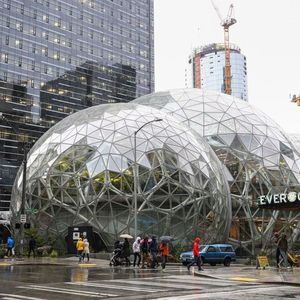 Amazon Com Opens A Rainforest Filled Office Seen See