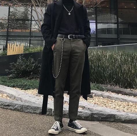 3 Jolting Tips: Women's Urban Fashion Simple korean urban fashion.Urban Fash… 3 Jolting Tips: Urban Fashion for Women Simple Korean Urban Fashion. Urban Fashion Girls, Fashion Mode, Black Women Fashion, Fashion Night, Fashion Pants, New Fashion, Trendy Fashion, Korean Fashion, Winter Fashion