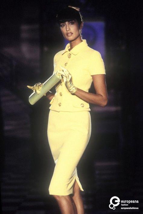 Yasmeen Ghauri at Versace S/S 1995