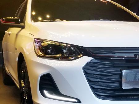 Chevrolet Onix Sedan Prisma 2020 Teaser Opel Corsa Fiat Toro E