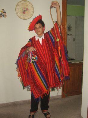 Komplette Peruanische Tanztracht Fuer Kinder Von 8 14 Jahre
