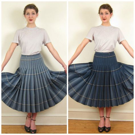 cd6b2ae35 Vintage 1950s Plaid Pleated Turnabout Skirt by by BasyaBerkman
