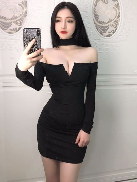 Z cup black tits
