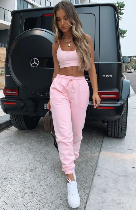 Tied together sweatpants pink white fox boutique usa topshop high waist cotton blend sweatpants Teen Fashion Outfits, Mode Outfits, Girly Outfits, Look Fashion, Stylish Outfits, Fall Outfits, Vintage Outfits, Laid Back Outfits, Baddie Outfits Casual