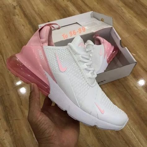 Amazing offer on Nike W Air Max 270 Womens Sneakers AH6789