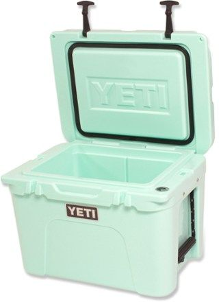 Academy Sports Christmas Commercial 2020 Yeti Cooler YETI Tundra 35 Cooler | REI Co op in 2020 | Yeti tundra, Yeti