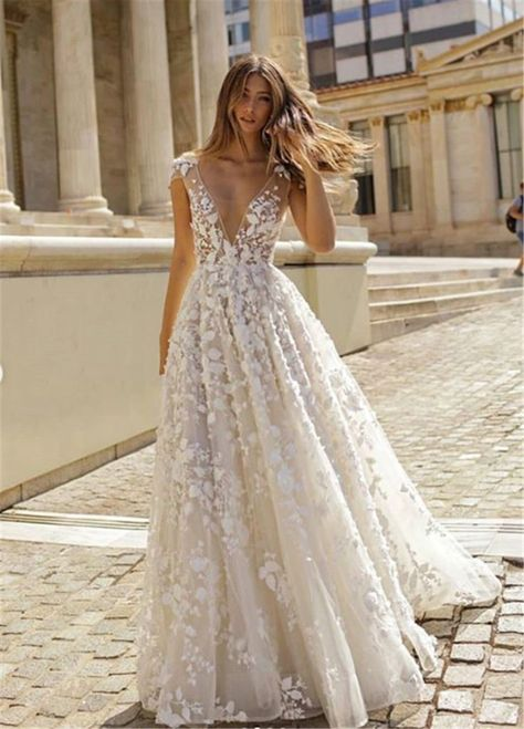 Rustic Wedding Dresses Guest and Cheap Modest Wedding Dresse.- Rustic Wedding Dresses Guest and Cheap Modest Wedding Dresses Wedding Dresses Tight Sleeves and Celebrity Wedding Dresses Angelina Jolie. Wedding Dress Tight, Cheap Modest Wedding Dresses, Wedding Dress Black, Celebrity Wedding Dresses, Rustic Wedding Dresses, Wedding Dress Trends, Gorgeous Wedding Dress, Wedding Dress Sleeves, Dream Wedding Dresses