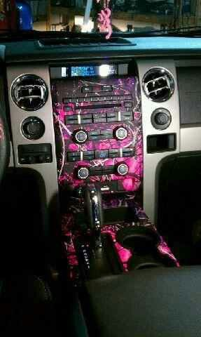 Pink camo this is freakin AWESOME! This is going in my truck for sure!!!! When i first saw this my eyes just got big and i was like..... I MY GOODNESS!!!!! JUST AMAZING!!!!!
