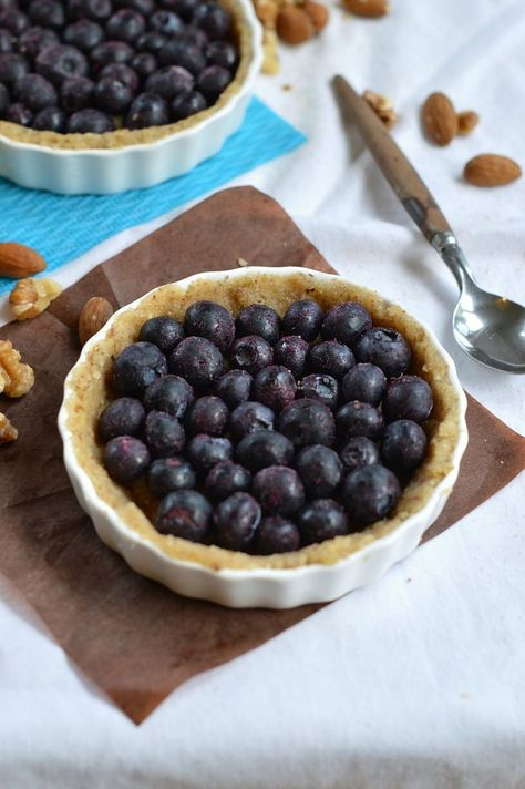 Sugar-free Blueberry pie made with a walnuts & almonds crust. Gluten free and Low carb. By www.sweetashoney.co.nz #glutenfree #sugarfree #blueberrypie #sugarfreepie #lowcarbcrust #paleocrust #glutenfreecrust