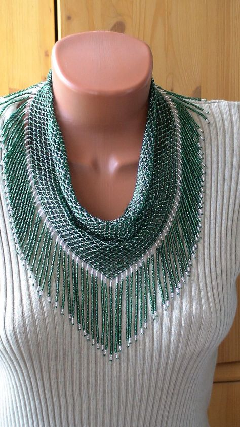 Netted scarf with fringe!