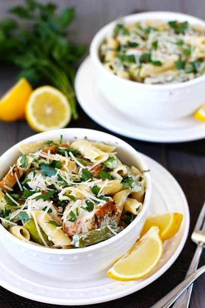 creamy lemon pasta with chicken, asparagus & spinach