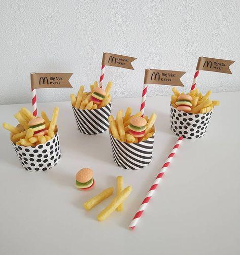 • 𝔹𝕀𝔾 𝕄𝔸ℂ 𝕄𝔼ℕ𝕌 •  Wie heeft er zin aan een Big Mac menu?! Hij is net zo lekker als die van de McDonalds. En eigenlijk nog leuker ook! ;) Ik…