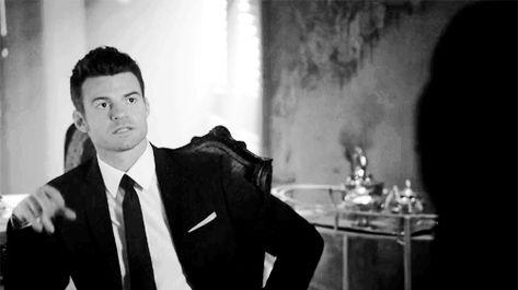 The Originals – TV Série - Elijah Mikaelson - Daniel Gillies - moda - style - look - inspiration - inspiração - fashion - elegante - elegant - chic - sexy - sensual - gif