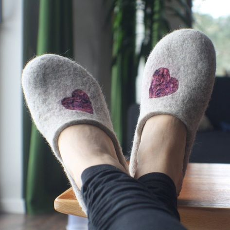 9 1//2 Slippers for women size 9
