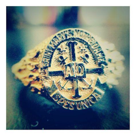 my saint mary's college ring #classof2001