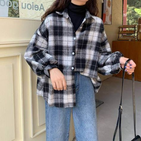 Hoodie Outfit, Plaid Shirt Outfits, Cute Casual Outfits, Retro Outfits, Vintage Outfits, Men Casual, Winter Flannel Outfits, Checked Shirt Outfit, Oversized Flannel Outfits