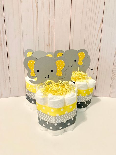 Excited to share this item from my shop: Elephant Mini Diaper Cakes. Elephant Baby Shower Cake, Baby Shower Yellow, Safari Baby Shower Cake, Baby Shower Diapers, Baby Shower Cakes, Shower Baby, Peanut Baby Shower, Girl Shower, Girl Baby Shower Decorations