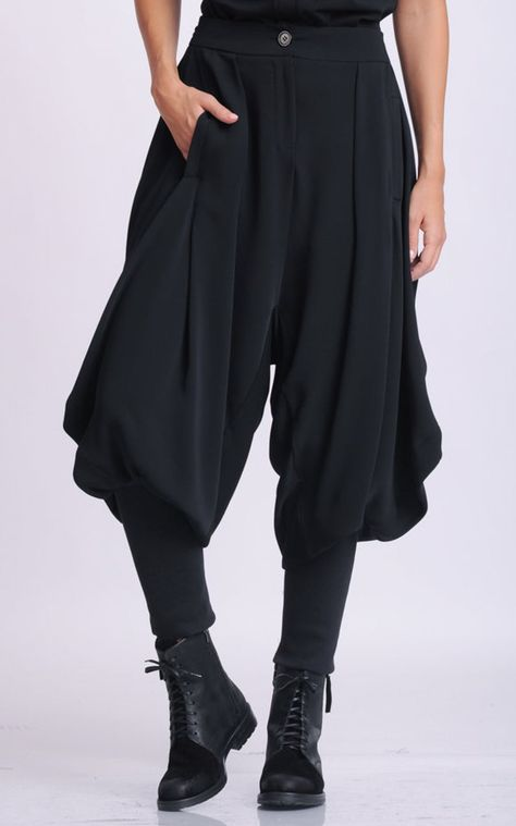 NEW Black Drop Crotch Pants/Loose Maxi Pants/Extravagant Plus Size Trousers/Black Harem Pants/Black Gypsy Pants/Oversize Long Trousers Moda Medieval, Maxi Pants, Harem Pants Outfit, Harem Pants Fashion, Textiles Y Moda, Pantalon Long, Black Harem Pants, Gypsy Pants, Drop Crotch Pants
