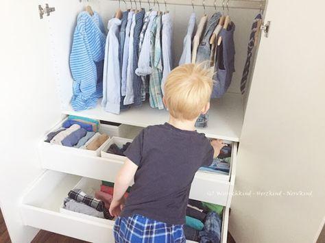 Die Vorbereitete Umgebung Der Kinder Kleiderschrank Montessori