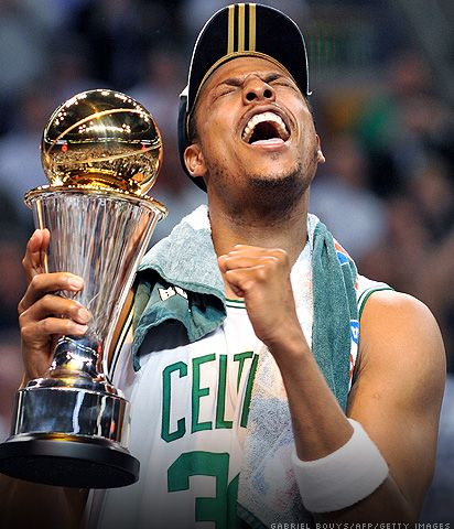 The Truth A K A Paul Pierce Celebrating With His Finals Mvp Trophy After The 2008 Nba Finals Legenden