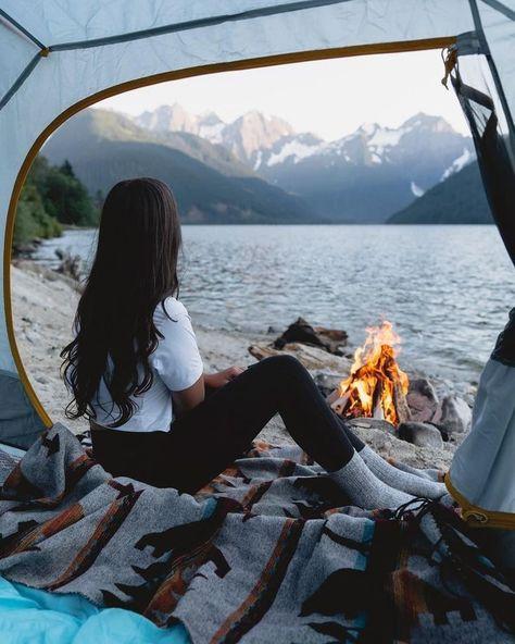 Camping Am See, Camping Life, Camping Hacks, Camping Meals, Camping Desserts, Camping Gadgets, Beach Camping, Camping Checklist, Camping Activities